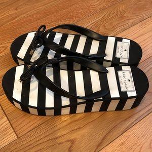 Kate spade sz8 black/ white plafform flip flop